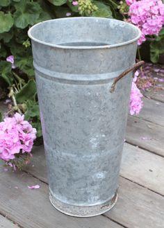 floral bucket