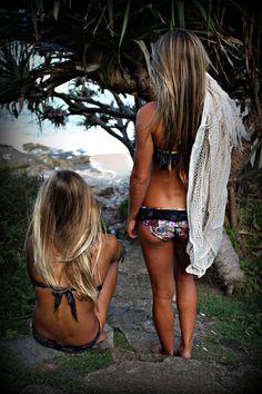 beach girls in hawaii Beach Girls in Sexy Bikini's & Lingerie