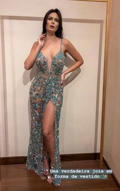 Pinned onto 2018 winter outfits Board in 2018 winter outfits Category Glam Dresses, Event Dresses, Sexy Dresses, Fashion Dresses, Beautiful Prom Dresses, Pretty Dresses, Colored Wedding Dresses, Dream Dress, Ball Gowns