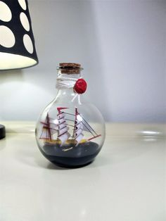 Welcome aboard for the  forty fourth times...!  This is a lovely vintage ship in light bulb model fr