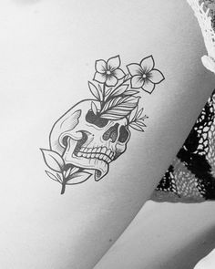 Inkbox Tattoo, Tattoo Signs, Skull Tattoos, Tatoos, Semi Permanent Tattoo, Deep Down, Circle Of Life, Black Dots, Flower Tattoos