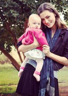The Originals – TV Série - Hayley Marshall - Phoebe Tonkin - rainha - queen - lobo - Wolf - amor - love - baby Hope Mikaelson - bebê - daughter - filha - mother - mãe - mom - mamãe - 2x09 - The Map Of Moments - Mapa Dos Momentos