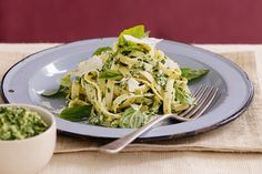 No need for oil - fresh lemon juice is the key to making this tasty pesto low-fat. Basil Pesto Chicken, Chicken Pesto Recipes, Chicken Recipes Video, Pesto Pasta, Small Food Processor, Food Processor Recipes, Healthy Meals For Kids, Healthy Eating, Healthy Recipes