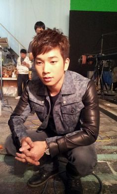 G.O tweets a photo from the set of Ailee's music video?