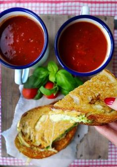 Pesto Grilled Cheese with Roasted Tomato Soup - DELICOUS! Husband was especially thrilled over the soup. I managed this without blender, chopped things in coffee grinder. Veggie Recipes, Soup Recipes, Vegetarian Recipes, Cooking Recipes, Slow Cooking, Dinner Recipes, Roasted Tomato Soup, Roasted Tomatoes, Homemade Protein Powder
