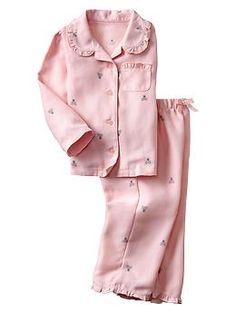 Brannan bear classic PJ set, could be standard for girls uniform pjs Kids Nightwear, Cute Sleepwear, Girls Sleepwear, Dresses Kids Girl, Toddler Girl Outfits, Kids Outfits, Cute Pajamas, Girls Pajamas, Pajama Pattern