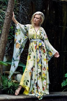 Kathrin Kidger Designs is a proudly South African Ladies Wear Brand that focuses on timeless style, glamour, and elegance with body-considered fits manufactured to premium quality. Ladies Wear, Women Wear, Timeless Fashion, Kimono Top, Cover Up, African, Glamour, Photoshoot, Gowns