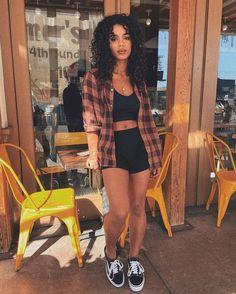 Simple outfits - Looks para o churrasco do fim de semana – Simple outfits Cute Comfy Outfits, Chill Outfits, Edgy Outfits, Cute Casual Outfits, Cute Summer Outfits, Retro Outfits, Casual Outfits For Summer, Cute Outfits For Girls, Outfits For School
