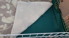 Absorbant fleece cage liner
