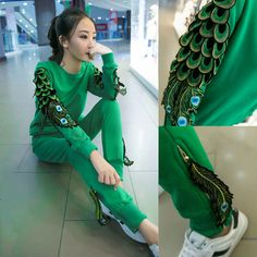 2016 autumn fashion feather embroidery tracksuit for women tops and pants 2 piece set sweatshirt suits female sportwear
