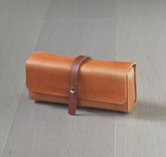 Bysen@ETSY caramel color vegetable cow hide leather Pencil Case/Pen Pouch/ Sunglasses Case