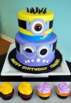 Minion Cake & Cupcake idea