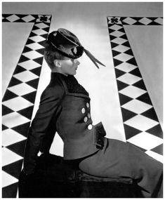 Photo: Horst P. Horst for Vogue, October 1938.