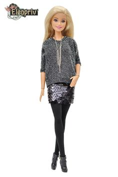 Pull oversize ELENPRIV FA gris mini jupe noire pailletée | Etsy Oversize Pullover, Oversized Grey Sweater, Black Sweaters, Casual Skirt Outfits, Fresh Outfits, Komplette Outfits, Barbie Y Ken, Barbie Mode, Diy Barbie Clothes