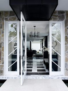 Today, we're showing you dazzling black and white interior design ideas to get you inspired to bring this power couple into your home decor! Black And White Interior, White Interior Design, Black And White Marble, Indian Interiors, White Interiors, Chevrons, Luxury Dining Room, Level Homes, White Rooms