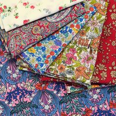 Come and see me in Brisbane!! 🍍😊 I'll be bringing hundreds of Liberty fat quarters, 8ths and 16ths with me to the Brisbane Craft and Quilt… Come And See, Bring It On, The Strawberry Thief, Liberty Fabric, Fat Quarters, Brisbane, Gift Wrapping, Quilts, Blanket