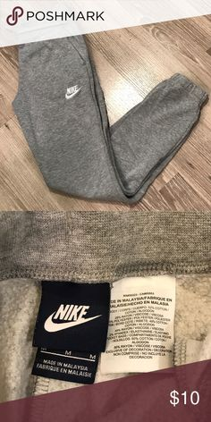 Nike Girls Sweatpants size Medium 10/12 In good condition! Check out my other listings. Bundle and Save! Nike Bottoms Sweatpants & Joggers