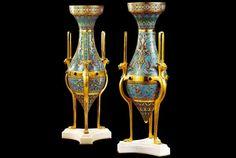 Napoléon II - Ces vases monumentaux en métal et émail de style exotico-orientaliste