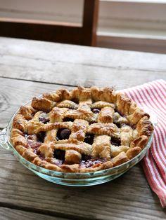 Sweet Cherry Pie FoodBlogs.com