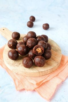 Bliss Balls, Cheesecakes, Goodies, Baking, Breakfast, Sweet, Desserts, Recipes, Cacao