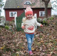 Du søkte etter fantorangen - A Knit Story Winter Hats, Hipster, Knitting, Barn, Style, Fashion, Swag, Moda, Tricot