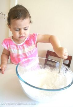 Silky and stretchy playdough - Laughing Kids Learn Adding the cornflour into a bowl with the conditioner gave her the opportunity to use those larger arm muscles and mix the 2 ingredients together. Summer Activities For Kids, Fun Crafts For Kids, Science For Kids, Art For Kids, Baby Lotion, Beautiful Baby Girl, Sensory Activities, Raising Kids, Mom And Baby