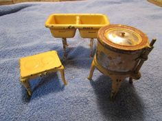 Arcade-Vintage-Antique-Cast-Iron-Doll-House-Wringer-Washer-Double-Sink-Stove