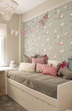 Un dormitorio infantil en rosa, gris y blanco · A girly pink, white and grey bedroom - - Girl Bedroom Designs, Girls Bedroom, Bedroom Decor, Box Room Bedroom Ideas, Bunker Bed, Little Girl Rooms, Spare Room, Small Rooms, Dream Bedroom