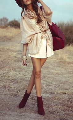 SO CUTE, love the maroon accents!