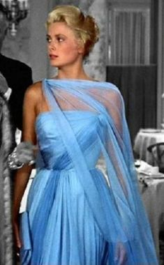 Grace Kelly in a stunning Edith Head gown - 'To Catch A Thief', Greek Goddess Grace Kelly Mode, Grace Kelly Style, Grace Kelly Fashion, Grace Kelly Dresses, Grace Kelly Wedding, Grace Kelly Films, Vintage Hollywood, Hollywood Glamour, Classic Hollywood
