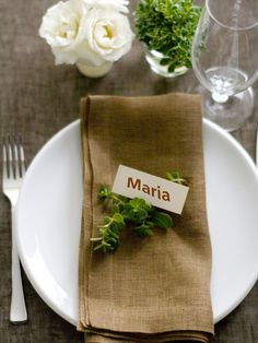 Simply Elegant Place Settings in Potluck Dinner Party: Recipes, Decor and Entertaining Ideas from HGTV