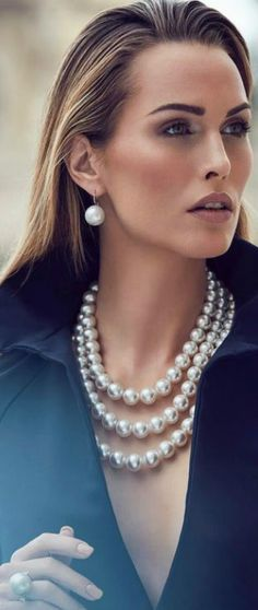 How to wear Pearls today