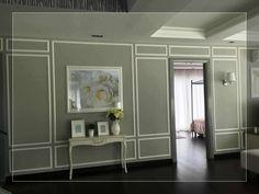 explore this sala de estar contempor u00e1nea rodapies y Blue Dining Room with Wainscoting Wainscoting Ideas