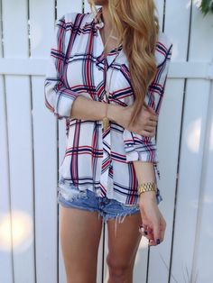 Navy + Red Plaid Top from Lola Jeannine. Saved to New Arrivals. Shop more products from Lola Jeannine on Wanelo. Plaid Outfits, Casual Fall Outfits, Summer Outfits, Cute Outfits, Fashion Outfits, Female Outfits, Mom Fashion, Fashionable Outfits, Summer Clothes