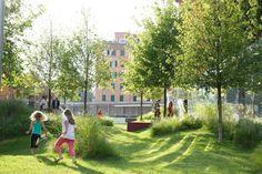 Great Land, Rome, Italie by CORTE / public space installation Water Playground, Natural Playground, Landscape Architecture, Landscape Design, Pocket Garden, Public Realm, Water Management, Urban Setting, Parcs