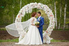 Круглая арка-как символ бесконечной любви!  #аркакруг#арканавыездную#арканасвадьбу#свадьба#weddingday #wedding