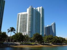 The Midtown/Edgewater area of Miami is near the Design District and Downtown, with some of the best outdoor cafes and fine food purveyors in the city! With many luxury skyscrapers along Biscayne Bay, renovated lofts, and historic homes, the growing community with views of the water is a very popular spot for new residents.   Make Midtown/Edgewater your home! Contact us today!