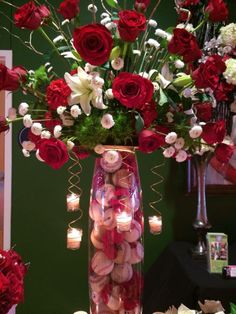 St. Louis Cardinal Baseball themed centerpiece by Jenny Thomasson AIFC CFD of Stems Florist, St. Louis, MO