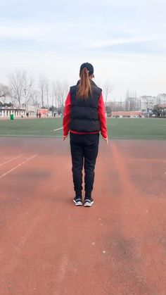 Dance Workout Videos, Dance Music Videos, Dance Choreography Videos, Cool Dance Moves, Lets Dance, How To Shuffle Dance, Dance Aesthetic, Gym Workout Tips, Hip Hop Dance