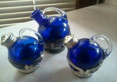 1924 very very rare royal blu Farber bros. salt,pepper and vinager & oil shakers