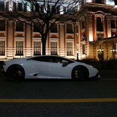#lamborghini #huracan #lamborghinihuracan #night #cool #nice #japan #amazing #awesome #beautiful #photo #photooftheday