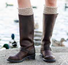 Bring out the best in your boots with the Honey Boot Liners Kit! You'll receive a pattern and Cloudborn Merino Superwash Sock Twist yarn to create these lightweight, breathable liners that are perf...