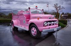 I somehow don't think anyone would take a pink fire truck seriously. Ford Gt, Pink Purple, Hot Pink, Tout Rose, Pink Truck, I Believe In Pink, Pink Power, Chevy, Everything Pink