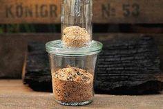 Fein gemahlene Rubs für kurze Grillzeiten, grober Mahlgrad für längere Garzeiten
