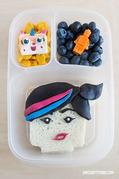 Lego Movie bento lunch box | with @EasyLunchboxes containers