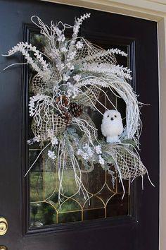 Elegant Christmas wreaths Frosty Christmas wreaths Christmas