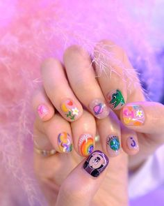 Make an original manicure for Valentine's Day - My Nails Nail Manicure, Toe Nails, Airbrush Nails, Airbrush Makeup, Nails For Kids, Kawaii Nails, Disney Nails, Funky Nails, Minimalist Nails