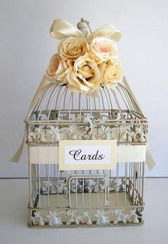 ♥ weddbook mariage boîte est décorée avec des roses