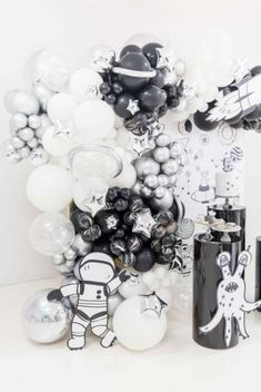 Space Theme Birthday Party Ideas | Photo 10 of 10 | Catch My Party 2nd Birthday Party Themes, Boy Birthday Parties, Space Party, Space Theme, Party Like Gatsby, Birthday Souvenir, Baby Boy First Birthday, Party Ideas, I Party