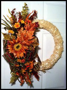 Fall Straw Wreath Thanksgiving Wreath Harvest by FiggiDoodles Thanksgiving Wreaths, Fall Wreaths, Door Wreaths, Halloween Wreaths, Fall Crafts, Holiday Crafts, Holiday Decor, Holiday Ideas, Wreath Crafts